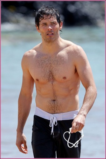 9188132 'X-Men' actor James Marsden shows off his ripped beach body while attending the Maui Film Festival on the Hawaiian island of Maui, Hawaii on June 14, 2012. The actor was seen sporting a pair of black board shorts as he walks out of the ocean after enjoying a afternoon dip FameFlynet, Inc - Beverly Hills, CA, USA - +1 (818) 307-4813